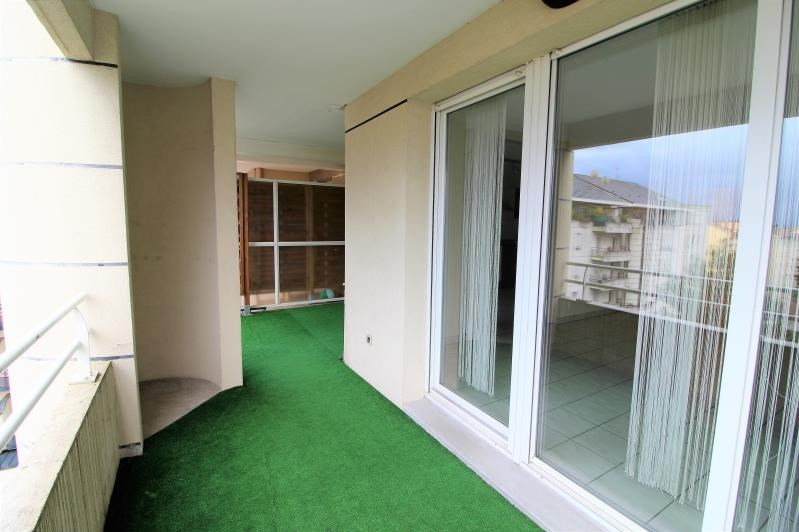 Rental apartment Voiron 856€ CC - Picture 9