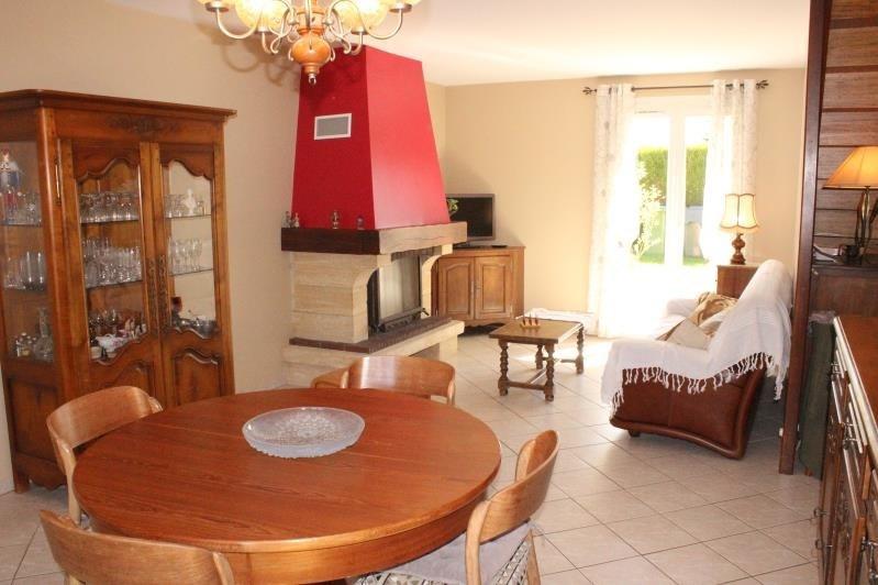 Sale house / villa St martin des champs 227800€ - Picture 4