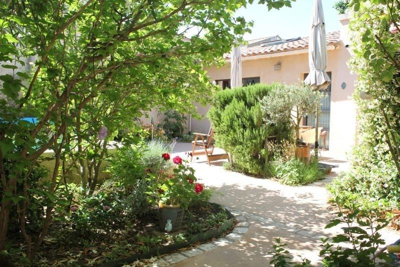 Deluxe sale house / villa Villeneuve les avignon 676000€ - Picture 3