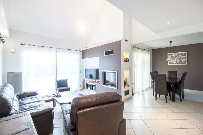 Sale house / villa Lescar 275600€ - Picture 1