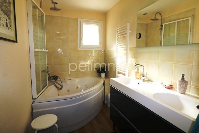Vente maison / villa Eyguieres 550000€ - Photo 8