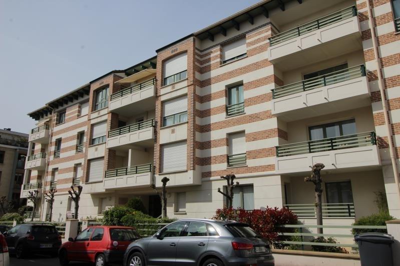 Location appartement Le vesinet 1275€ CC - Photo 1