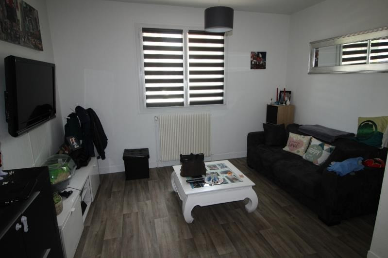 Location maison / villa Rueil malmaison 1085€ CC - Photo 3