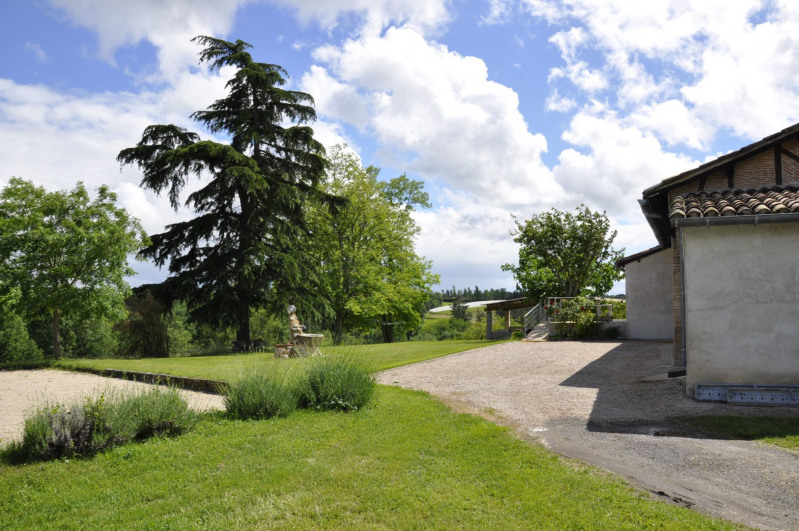 Sale house / villa Puycornet 374000€ - Picture 8