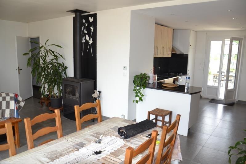Sale house / villa Neuilly en thelle 273500€ - Picture 2