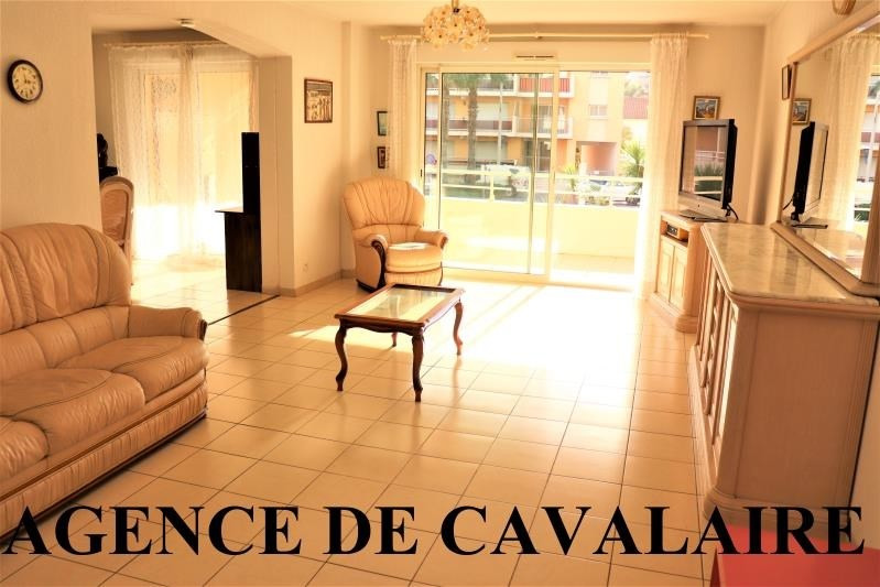 Sale apartment Cavalaire sur mer 380 000€ - Picture 1