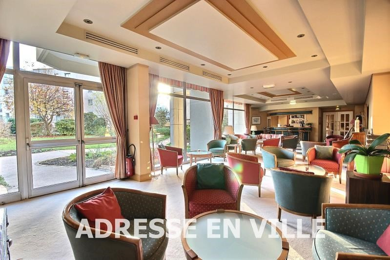 Sale apartment Courbevoie 170000€ - Picture 2