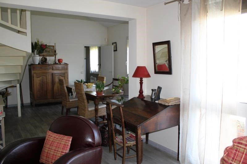 Sale apartment Villeneuve les avignon 304 000€ - Picture 6
