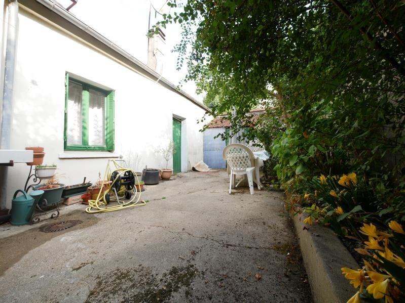 Vente maison / villa L hay les roses 388000€ - Photo 2