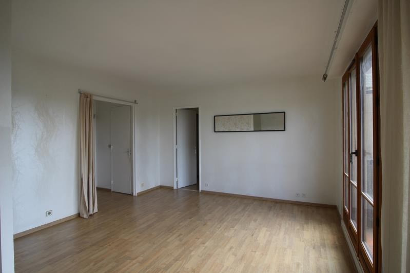 Rental apartment Le vésinet 998€ CC - Picture 2