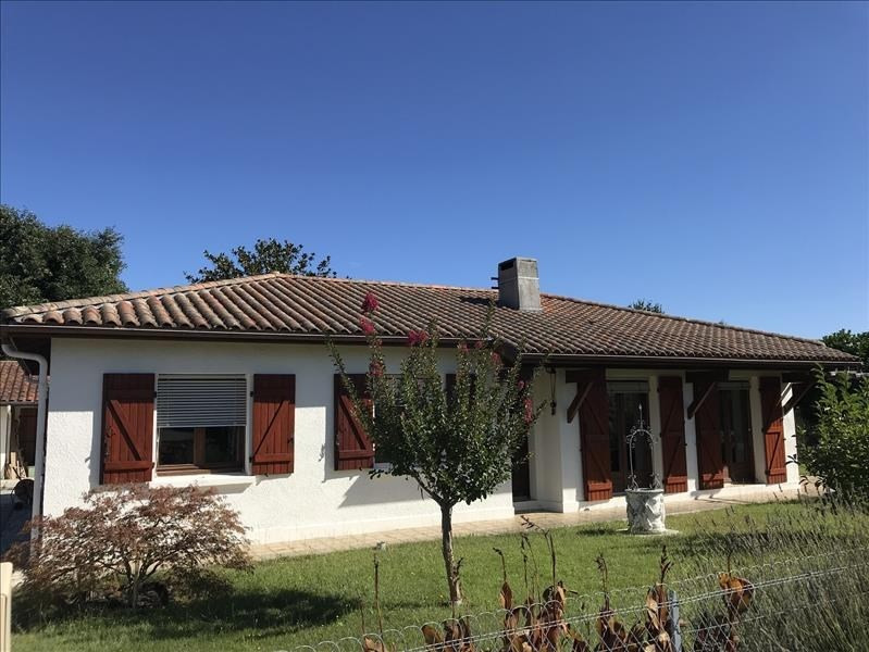 Sale house / villa Bias 234000€ - Picture 1