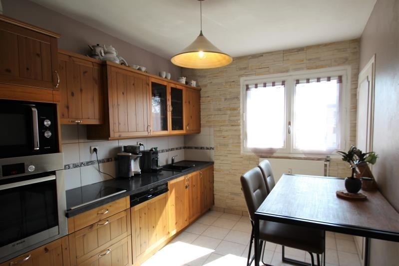 Revenda apartamento La motte-servolex 187000€ - Fotografia 2