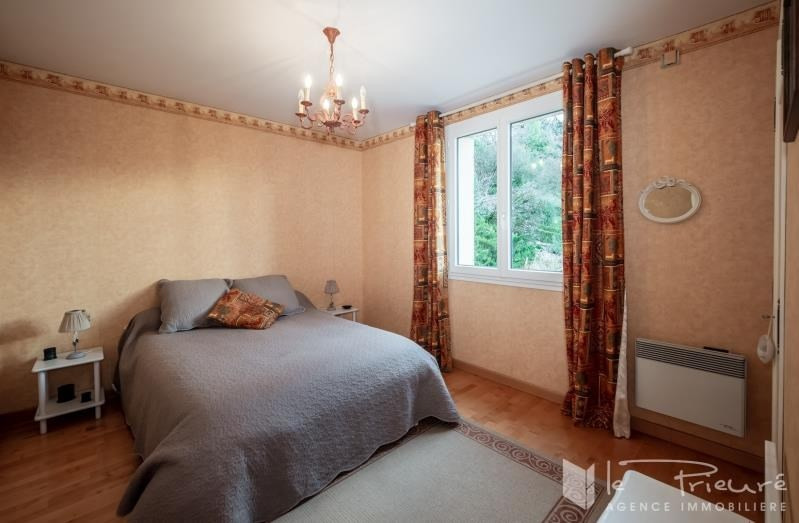 Sale house / villa Puygouzon 320000€ - Picture 8