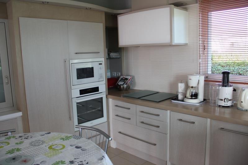 Deluxe sale house / villa St andre de cubzac 640000€ - Picture 9