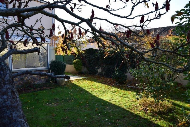 Vente maison / villa Fontenay le fleury 370000€ - Photo 2