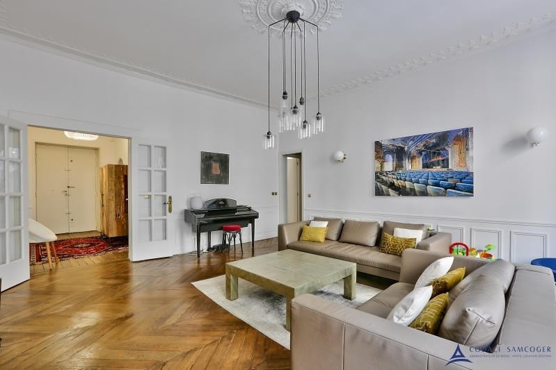 Vente de prestige appartement Paris 10ème 1 465 000€ - Photo 2