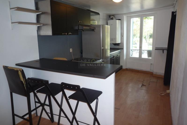 Sale apartment Rueil malmaison 200000€ - Picture 2