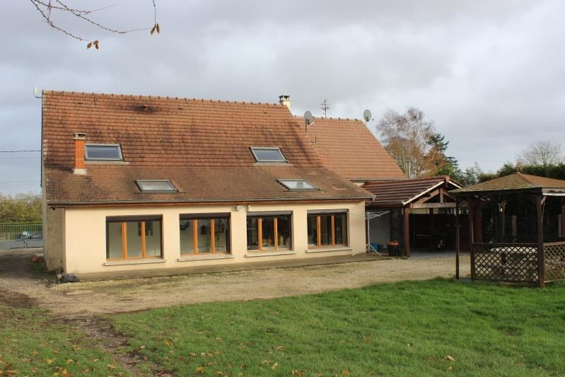 Vente maison / villa Courchamp 215 000€ - Photo 2