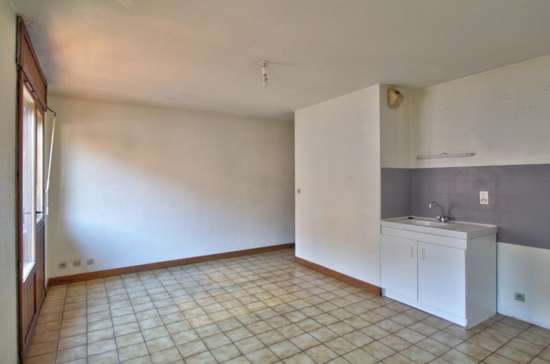 Rental apartment Sallanches 490€ CC - Picture 2