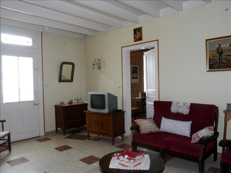 Sale house / villa Gemozac 159 000€ - Picture 2