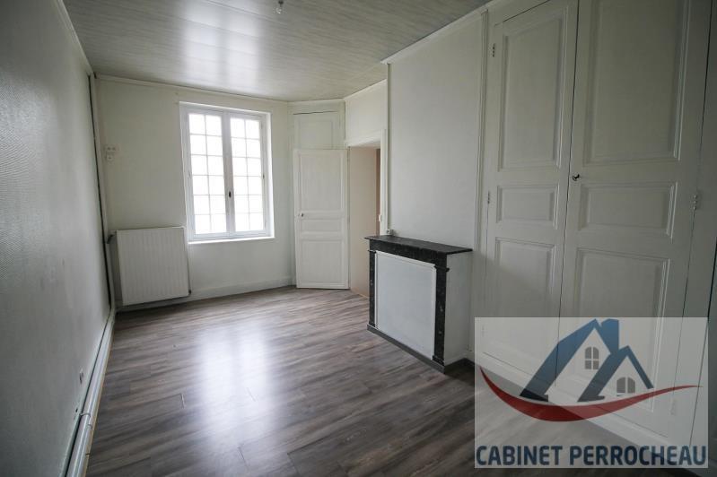 Sale house / villa La chartre sur le loir 94000€ - Picture 3