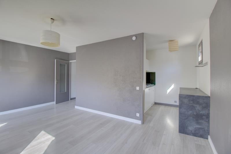 Rental apartment Sallanches 640€ CC - Picture 3