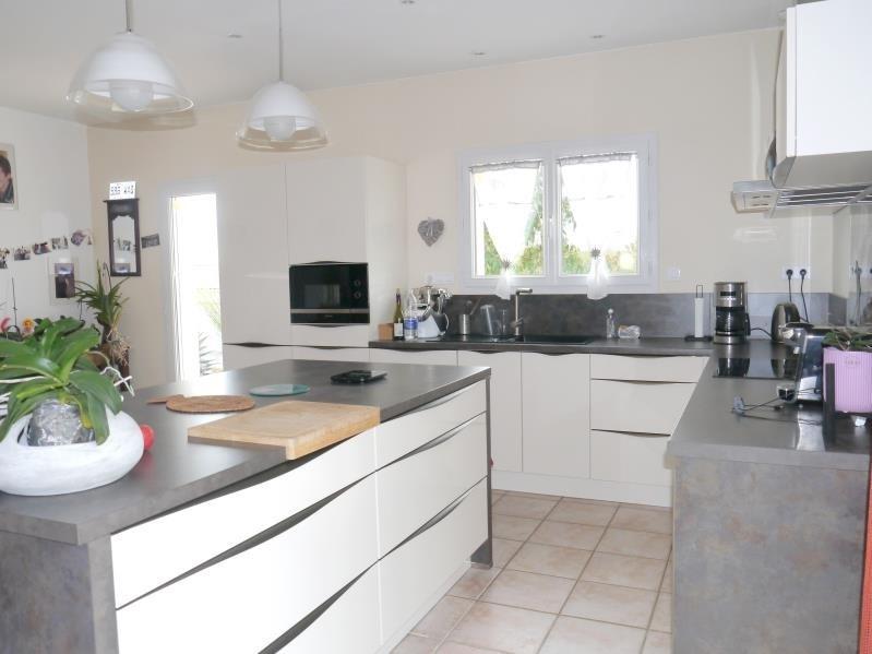 Sale house / villa Gemozac 507150€ - Picture 2