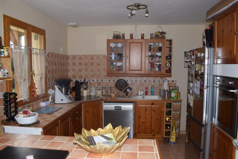 Sale house / villa Freneuse 238 000€ - Picture 3