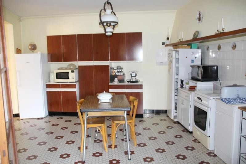 Sale house / villa Gemozac 333760€ - Picture 2