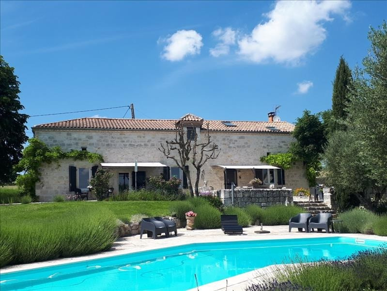 Deluxe sale house / villa Agen 679 250€ - Picture 1