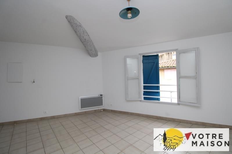 Rental apartment St chamas 320€ CC - Picture 2