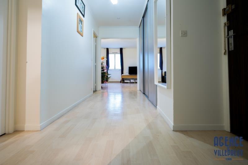 Sale apartment Villepreux 195000€ - Picture 1