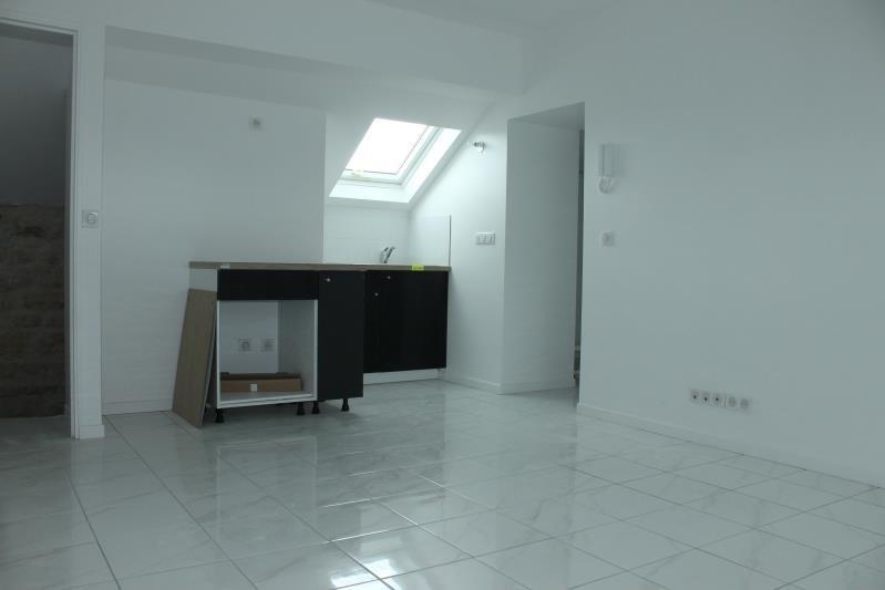 Location appartement Boissy l aillerie 870€ CC - Photo 1