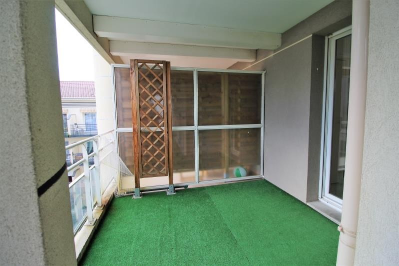 Rental apartment Voiron 856€ CC - Picture 10