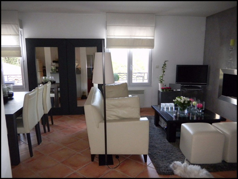 Location appartement Aix en provence 930€ CC - Photo 5