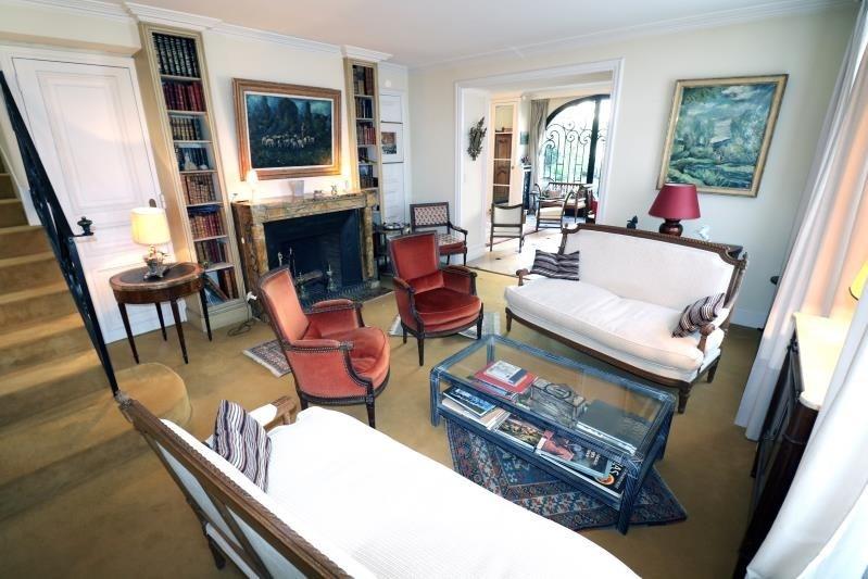 Deluxe sale house / villa Versailles 1394000€ - Picture 1