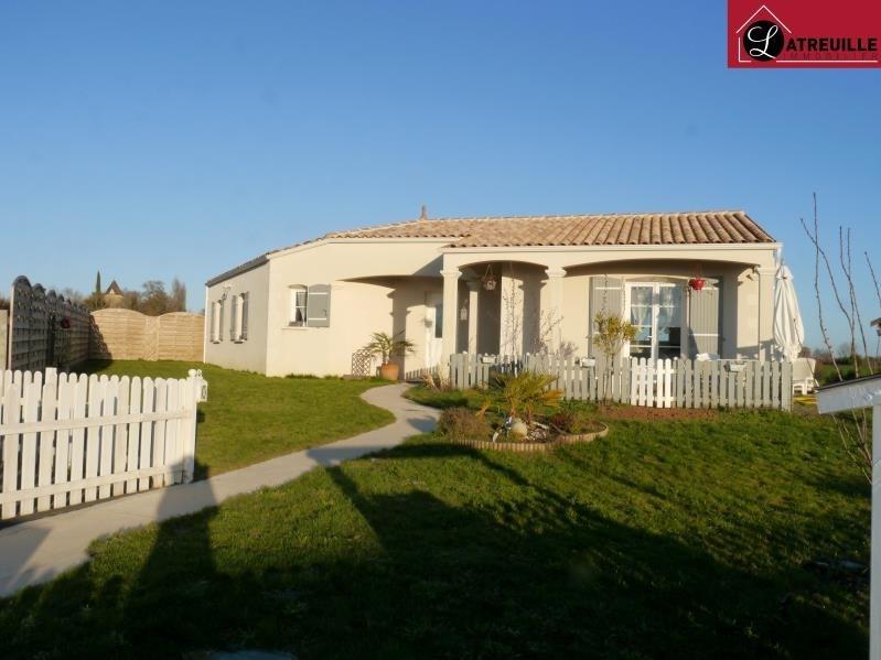 Sale house / villa Gemozac 183750€ - Picture 1