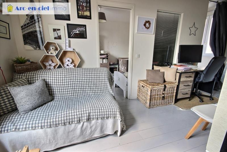 Vendita appartamento Paris 18ème 549000€ - Fotografia 8
