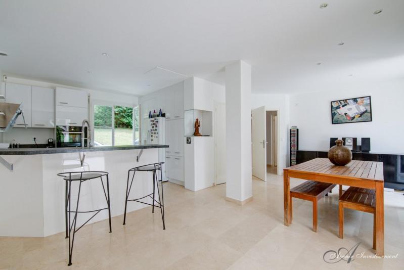 Deluxe sale house / villa Limonest 1350000€ - Picture 2