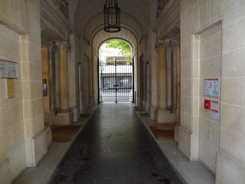 Deluxe sale apartment Paris 16ème 1350000€ - Picture 9