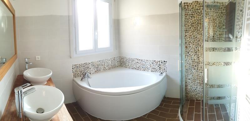 Vente maison / villa Roches premarie andille 175000€ - Photo 4