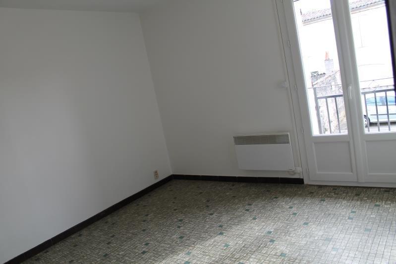 Location appartement St macaire 370€ CC - Photo 2