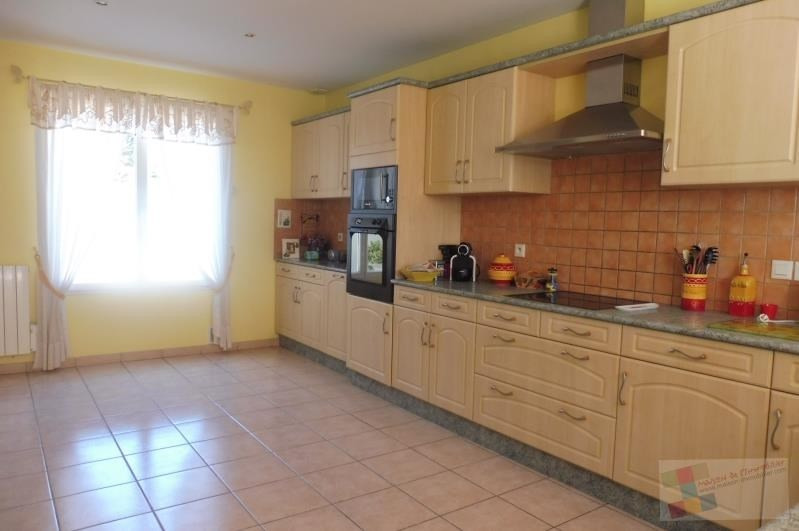 Sale house / villa Meschers sur gironde 404250€ - Picture 3