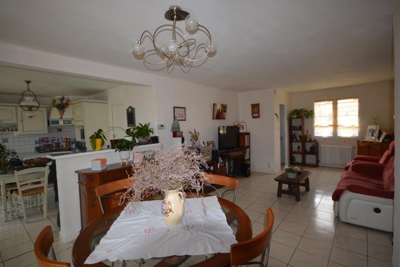 Sale house / villa La verpilliere 241500€ - Picture 2