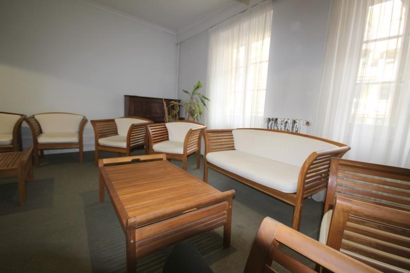 Sale apartment Aix les bains 252000€ - Picture 2