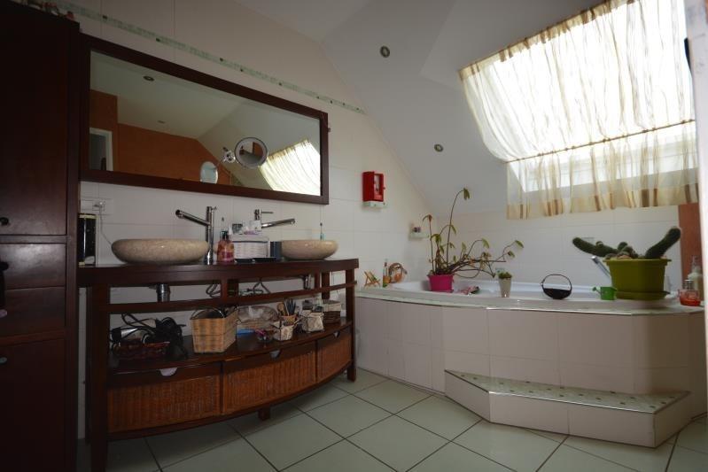 Sale house / villa La verpilliere 241500€ - Picture 6