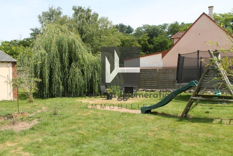 Sale house / villa Janville 179900€ - Picture 1