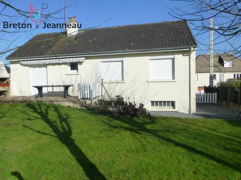 Sale house / villa Saint berthevin 159640€ - Picture 2