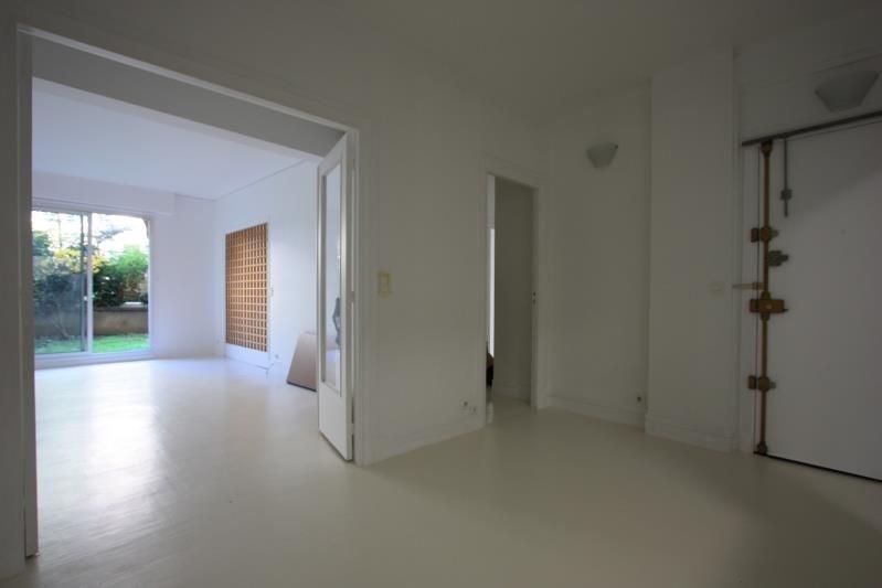 Location appartement Paris 15ème 2295€ CC - Photo 5