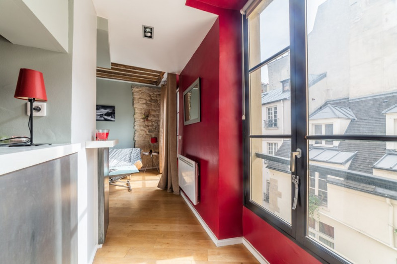 Sale apartment Paris 4ème 480 000€ - Picture 1